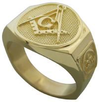 Master Mason ring with York Rite Knights Templar crown & cross