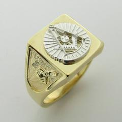 14K YELLOW GOLD MASONIC PAST MASTER RING WITH 14K WHITE GOLD PAST MASTER EMBLEM